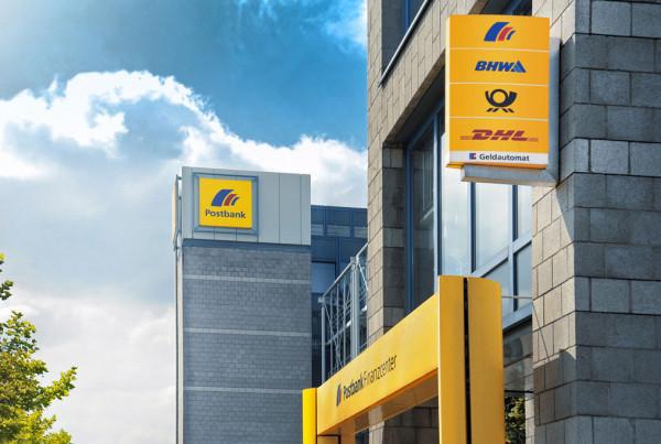 In company's corporate design of Deutsche Post